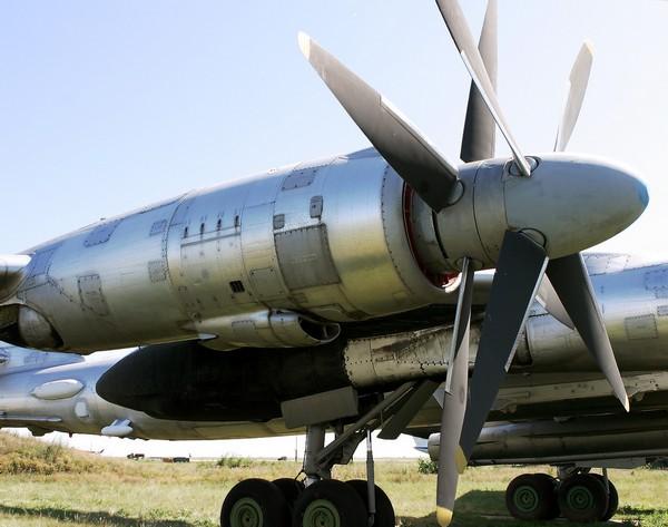 Ту-95_винты
