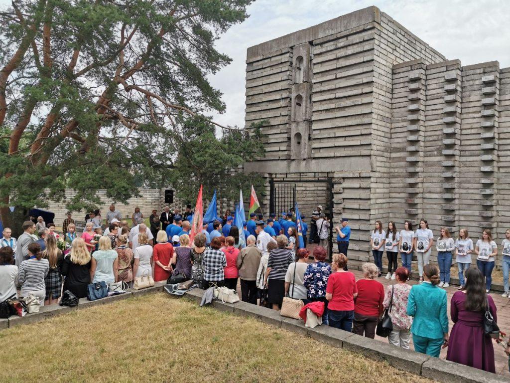 memorial_na_meste_lypolovskogo_lagerya_smerti_7